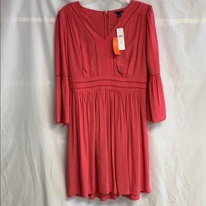 NWT Ann Taylor Salmon Dress Size 6